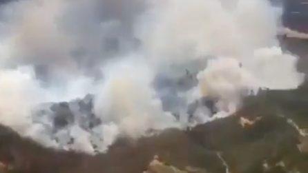 Cile, gigantesco incendio minaccia le abitazioni: evacuate migliaia di persone