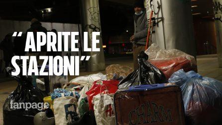"""La protesta delle associazioni per i senzatetto: """"Non lasciamoli morire di freddo"""""""