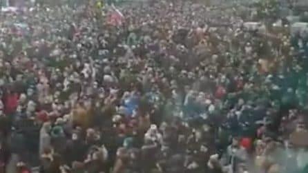 Migliaia di persone in strada in Russia: la protesta per l'arresto di Navalny