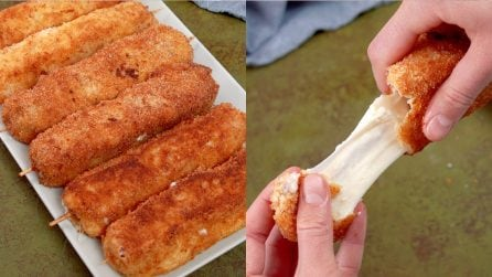 Mozzarella fried skewers: cheesy and irresistible!