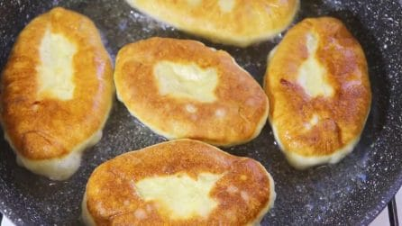 Pane fritto ripieno con patate: la ricetta semplice e piena di gusto