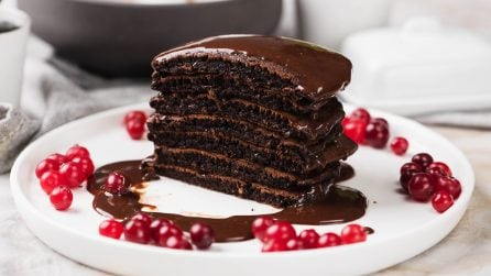 Chocolate pancakes: the best way for surprise your guests!