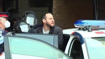 Arrestato il rapper spagnolo Pablo Hasél, si era barricato all'Università per sfuggire al carcere