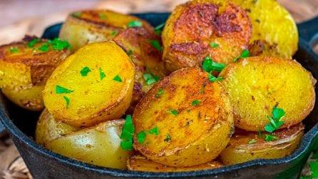 Patate speziate in padella: la ricetta del saporito contorno spagnolo