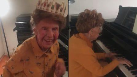 A 106 anni pubblica il suo sesto album: la musica emozionante di Colette