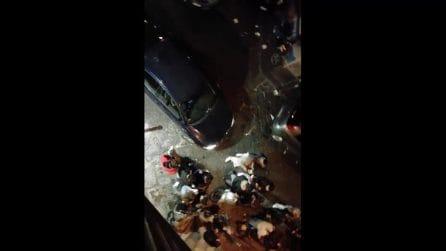 A Napoli ancora assembramenti di giovani in strada fino a notte