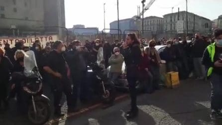Napoli, lavoratori dello spettacolo in protesta nel centro della città