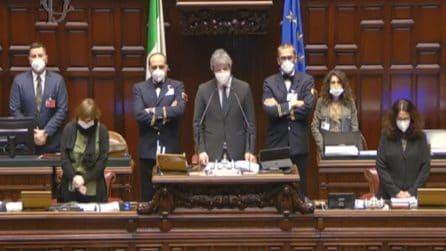 Attentato in Congo, minuto di silenzio e lungo applauso per Luca Attanasio e Vittorio Iacovacci