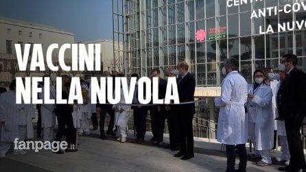 """Roma, apre centro vaccinale alla Nuvola dell'Eur. Zingaretti: """"Fabbrica di speranza"""""""