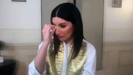 """Laura Pausini in lacrime: """"In questo periodo fatico a trovare un equilibrio, devo essere forte"""""""