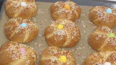 Brioche di Pasqua: la ricetta dolce che piace a grandi e piccoli
