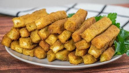 Eggplant sticks: crunchy and irresistible!