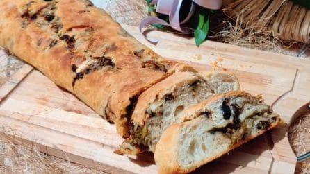 Rotolo di pane con scarole e olive: la ricetta rustica da provare