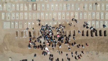 In Yemen file di fosse comuni per le vittime del Covid-19