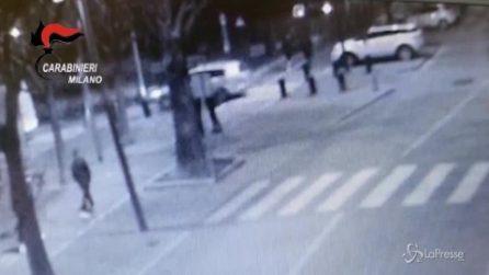 Milano, rapinano e minacciano 17enne: arrestati due minori