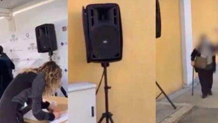Spallanzani, musica dance ad alto volume al centro vaccinale