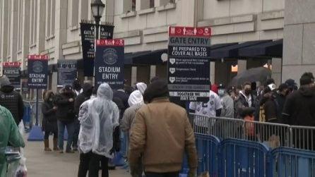 Riapre al pubblico lo Yankee Stadium di NY, tifosi tra gli spalti