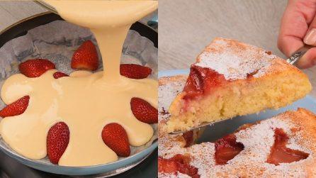 Torta di fragole pronta in padella: morbida, buona e profumatissima!