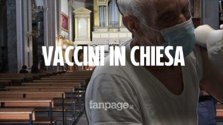 """Sicilia, il vaccino Astrazeneca lo si fa in chiesa, la carica di 70enni: """"Non abbiamo paura"""""""