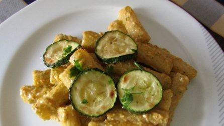 Tortiglioni con pesto di zucchine: la ricetta del primo piatto cremoso