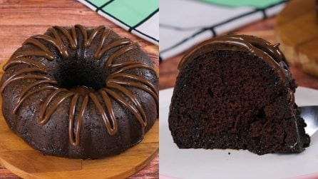 Chocolate donut: soft, moist and with a scent that makes you greedy!