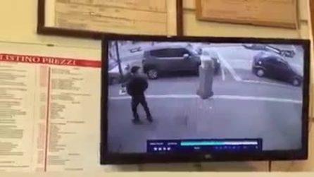 Incidente Belpasso, camion travolge pedone sul marciapiede: gravissimo