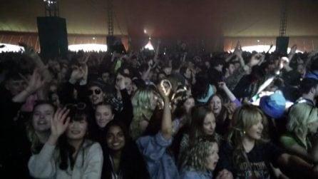 A Liverpool si testa il festival musicale: 6.000 senza mascherina