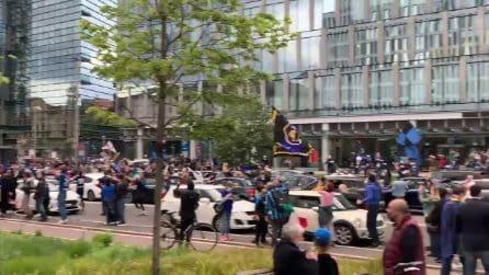 Festeggiamenti per la vittoria dell'Inter: traffico in tilt a Milano