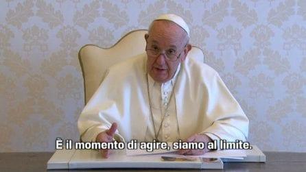 Clima, appello del Papa: dobbiamo agire ora, siamo al limite
