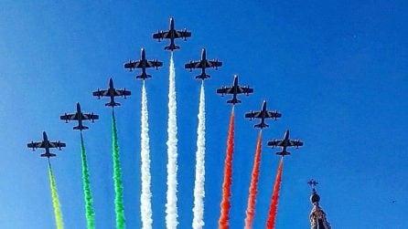 Le Frecce Tricolori sui cieli di Roma per la Festa della Liberazione