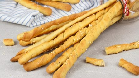 Breadsticks (grissini recipe): the best idea for a fragrant appetizer!