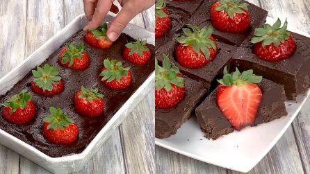 Fudge al cioccolato e fragole: il dolce inglese tutto da provare!