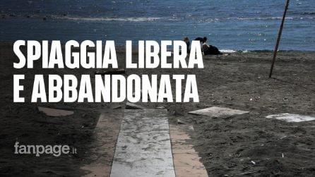 Ostia: inizia la stagione balneare e le spiagge libere sono un disastro tra rifiuti e abbandono