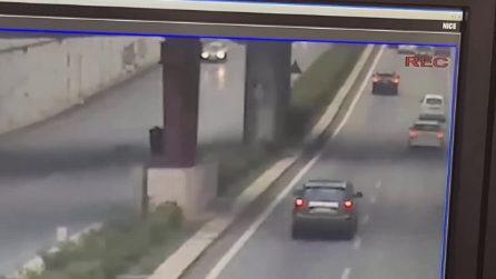 Palermo, il video del drammatico incidente in cui sono morte due ragazze