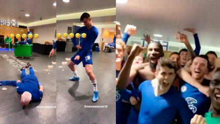 Balletti improbabili e cori, il Chelsea festeggia la finale di Champions League