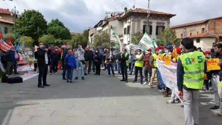 Prato, lavoratori e sindacati in sciopero per la sicurezza