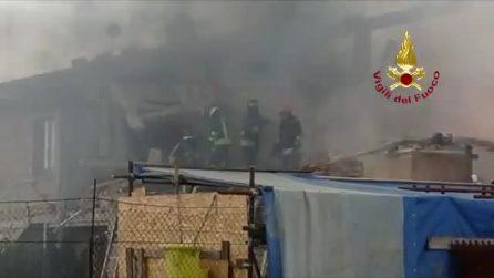 Esplosione Gubbio, si cercano persone sotto le macerie