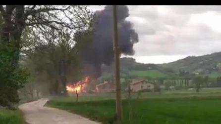 Il momento dell'esplosione a Gubbio in un laboratorio chimico
