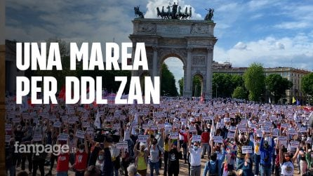 """Milano, da Paola Turci a Francesca Pascale in piazza per Ddl Zan: """"La destra omofoba non lo vuole"""""""