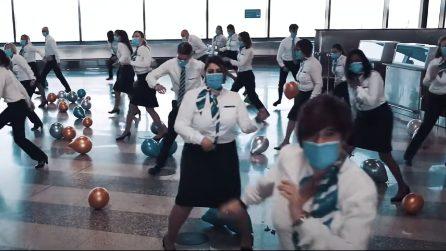 Malpensa, si riparte: il personale balla Jerusalema per festeggiare