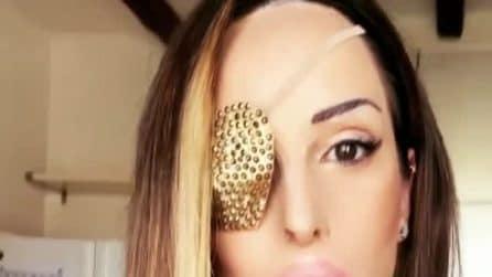 Gessica Notaro si mostra dopo le operazioni al viso