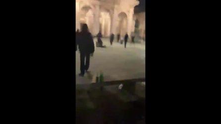 Milano, aizza un cane contro un carabiniere che apre il fuoco: un video mostra quello che è successo