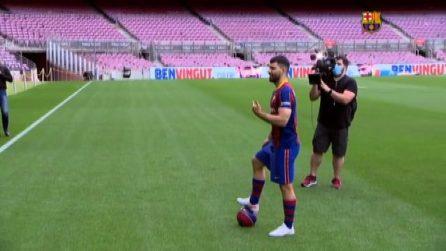 La maglia e i primi passi al Camp Nou: Aguero è del Barcellona