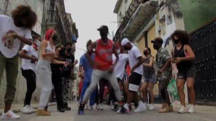 I ballerini cubani di strada star dei social network
