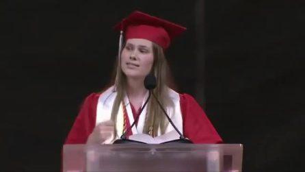 Il discorso virale della studentessa texana sul diritto all'aborto