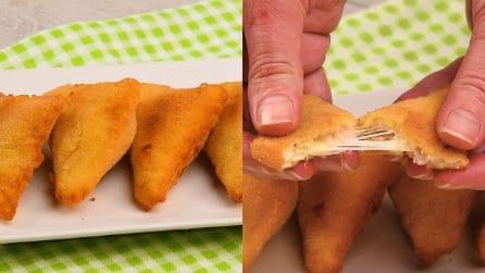 Triangoli fritti di pane: l'antipasto pronto in pochi passi!