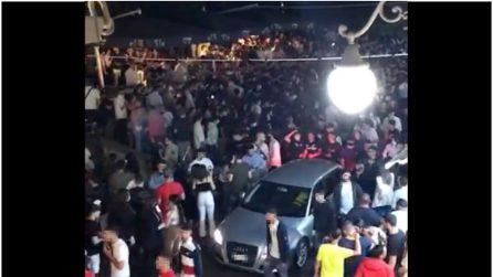 Ad Angri assembramenti in piazza con centinaia di giovani dopo il coprifuoco