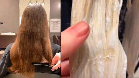 Ha da sempre i capelli castani e decide per una trasformazione radicale