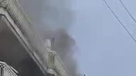 Napoli, grosso incendio ai Colli Aminei