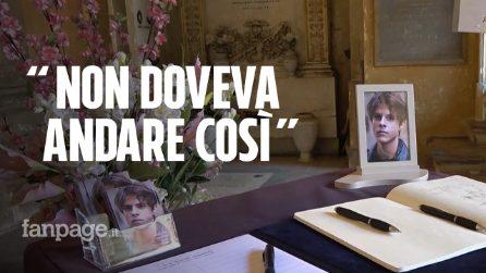 """Anche Emma Marrone alla camera ardente per Michele Merlo, i fan: """"Aveva ancora tanto da dare"""""""